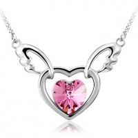 сердцем и крылья Форма ожерелье (фуксия)
